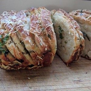 Pull-apart Herb Bread with Parmesan